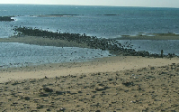 Photo of wharf at low tide, Wadi al-Jarf